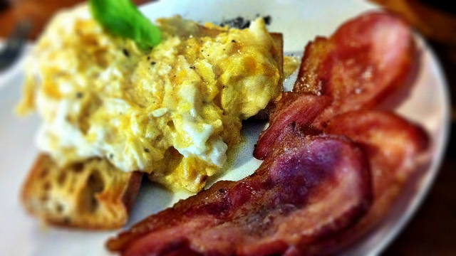 Where to Brunch Near Mariner Bay & Crosswinds: Eggcellence in Annapolis